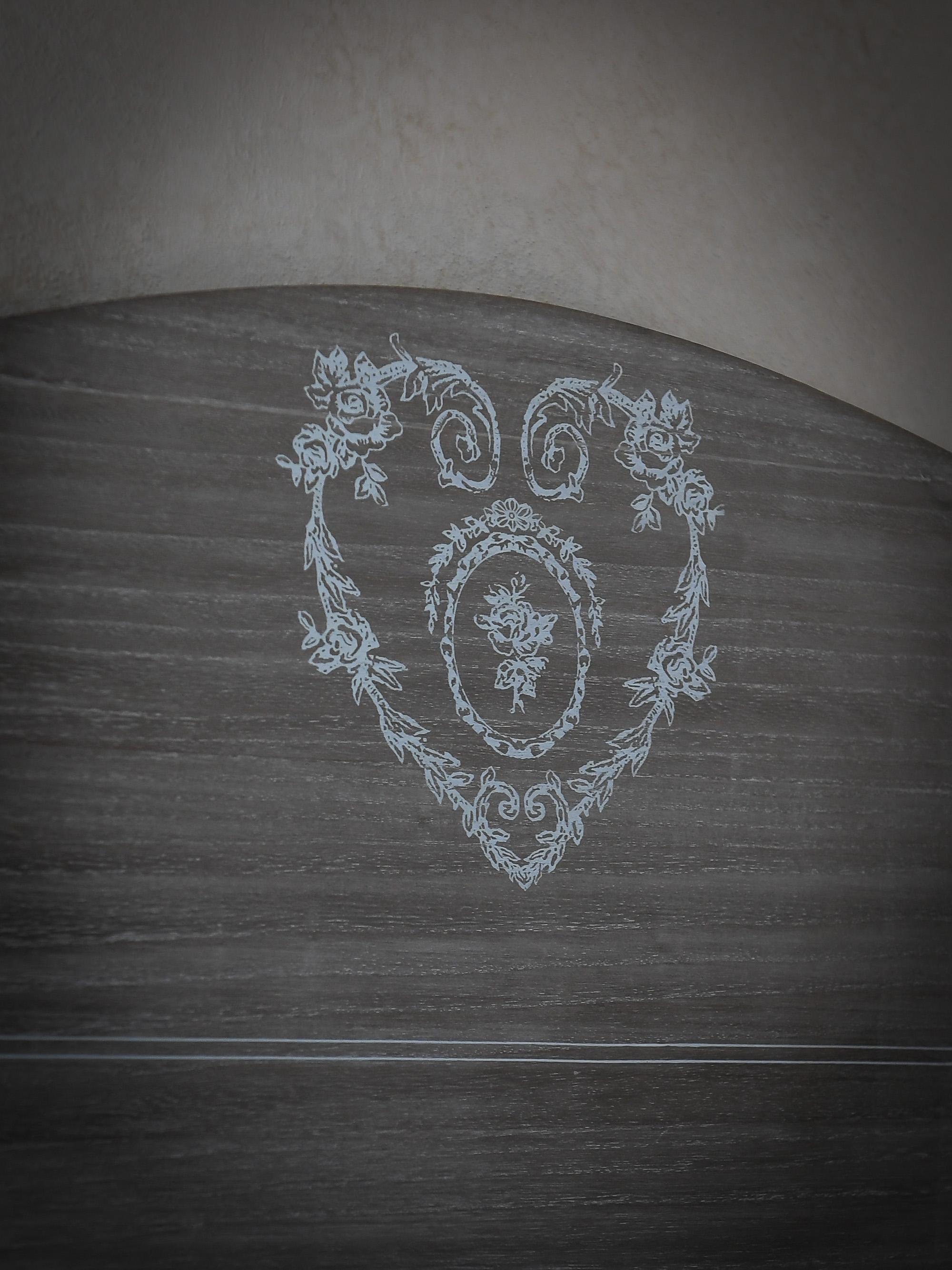 Tête de lit de la chambre Du Boisgueheneuc